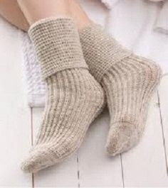 Knitting Brioche Stitch Socks 14 Easy Patterns For Tube Socks : 1000+ images about Brioche and rib knitting on Pinterest Brioche, Stitches ...