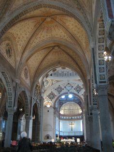 Fotografía: Rebeca Pizarro Barcelona Cathedral, Madrid, Spain, Vacation, Building, Travel, Hu Ge, Cemetery, Castles