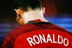 Los 3 goles de Portugal ante Hungría:  -Asistencia de Cristiano. -Golazo de Cristiano. -Gol de Cristiano.  MONSTER.