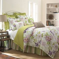 Rose Tree Marseilles Queen Comforter Set, love this but i have black cats:(