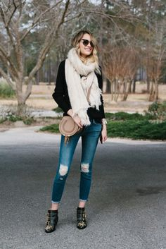 Little Blonde Book by Taylor Morgan   A Life and Style Blog : Rips and Studs Little Blonde Book waysify