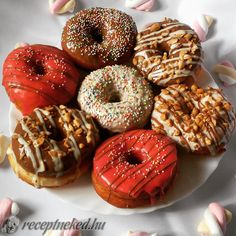 Doughnuts, Bagel, Muffin, Bread, Candy, Baking, Food, Garden, Food Cakes