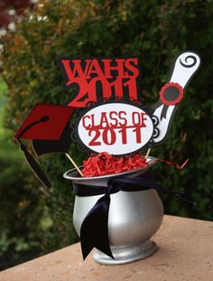 Graduation party centerpiece idea.