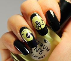 The Mani Café: Halloween Nail Art - The Nightmare Before Christmas