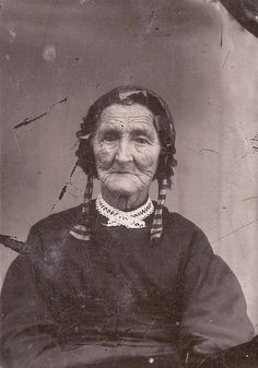 My great grandmother Born 23 May, died 29 December 1883 Wife of John Knapp and mother of Samuel Mills Knapp Most likely died in Iowa while living with her granddaughter Elizabeth Helen Knapp Fetters. Victorian Photos, Antique Photos, Vintage Pictures, Vintage Photographs, Old Pictures, Vintage Images, Old Photos, Vintage Love, Alter