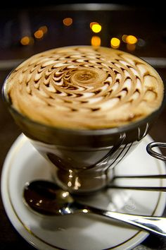 """Swirly Caffè Mocha. Technically this would be drink porn, but that's not a thing. So into """"food porn"""" it goes."""