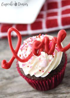 Raspberry Smoothie, Apple Smoothies, Love Cupcakes, Baking Cupcakes, Heart Cupcakes, Fun Desserts, Dessert Recipes, Picnic Recipes, Baking Desserts
