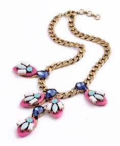 This Urban Sweetheart necklace is the perfect accessory to make any outfit amazing.