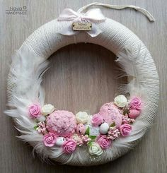 Disney Diy Crafts, Diy Crafts For Gifts, Arts And Crafts, Valentine Day Wreaths, Easter Wreaths, Easter Projects, Easter Crafts, Tutu Wreath, Diwali Cards