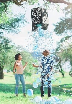 She first met the photographer Michelle Santiago when she shot her gender reveal. - People Photos - Ideas of People Photos - She first met the photographer Michelle Santiago when she shot her gender reveal. Gender Reveal Box, Gender Reveal Photos, Gender Reveal Pinata, Unique Gender Reveal Ideas, Gender Reveal With Sibling, Baby Reveal Ideas, Gender Reveal Balloon Pop, Gender Reveal Announcement, Pregnancy Gender Reveal