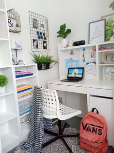 - So you have decided to work from home or start your own business. Congratulations are in order. However, the work does not begin until the home office. Study Room Decor, Room Setup, Workspace Design, Office Interior Design, Ikea Micke, Ikea Table, Desk Inspiration, Bedroom Desk, Yellow Bathrooms