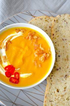 wortelsoep met gember en kurkuma Pudding, Yummy Food, Health, Desserts, Recipes, Turmeric, Tailgate Desserts, Salud, Deserts