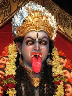 Kali Ma, the Angry Mother, the pursuer of truth, the vanquisher of illusions. Kali Mantra, Kali Goddess, Mother Goddess, Black Goddess, Devine Goddess, Goddess Names, Maa Kali Photo, Tattoo Deus, Maa Kali Images
