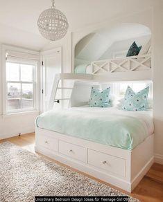 Beach House Bedroom, Beach House Decor, Girls Bedroom, Beach Houses, Green Bedroom Design, Bedroom Green, Bedroom Minimalist, Minimalist Kids, White Bunk Beds