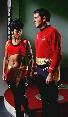 Mirror, Mirror Was an interesting episode and who could of thought that Spock could be so brutal? Star Trek Original Series, Star Trek Series, Star Trek Enterprise, Science Fiction, Vaisseau Star Trek, Star Trek Characters, Fantasy Characters, Start Trek, Star Trek Cast