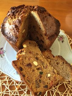 Carne mechada, receta chilena - Fran is in the Kitchen Festive Bread, Sweet Recipes, Cake Recipes, Chilean Recipes, Chilean Food, Delicious Desserts, Yummy Food, Bread Machine Recipes, Pan Bread