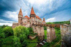 bigstock-Corvin-castle-in-Romania-95533013resize1