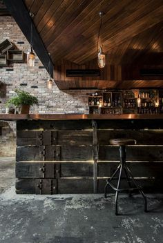Best Commercial Design Projects: Donny's Bar, a space that both reflects international adventures and the owner's definition of home. Matt Clifton (owner) took inspiration from the NY loft-style bars he used to frequent. Donny's Bar it's on the list of The 2014 Australian Interior Design Awards.