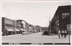 RP: Main Street , SPOONER , Wisconsin , 30-40s ; Drug Store