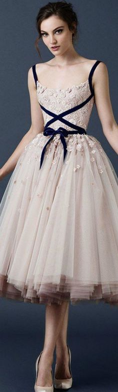 Cheap gowns for big women, Buy Quality gown bridesmaid directly from China dress up plain dress Suppliers: Paolo Sebastian Applique Beaded Dress Spaghetti straps Prom Dresses 2017 Scoop Neck Tea-Length Tulle Formal Dress Party Gown Evening Dresses, Prom Dresses, Wedding Dresses, Tulle Wedding, Bridal Gowns, Dress Prom, Floral Wedding, Dresses 2016, Gown Wedding