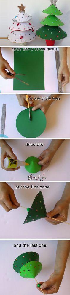 Mini Christmas Tree | 20+ DIY Christmas Crafts for Kids to Make