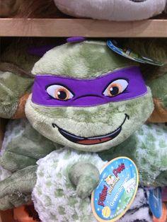 @calumhood5sos Donatello pillow I seen in Dublin today
