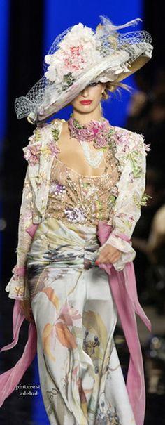 Emanuel Ungaro Spring 2003 Couture