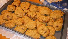 Biscuits à la citrouille, pépites de chocolat et avoine - J'y ai ajouté un peu de muscade. La prochaine fois, un peu de clou de girofle moulu et sans oeuf pour essayer que ce sois plus un biscuit qu'un gâteau. Y mettre de la farine de blé entier.