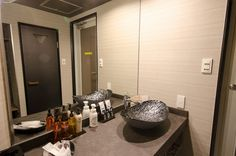 Room [423] HOTEL 41AV ANNEX Hotels 41av Group - 福岡市近郊 ラブホテル 41av グループ Mirror, Bathroom, Furniture, Home Decor, Washroom, Decoration Home, Room Decor, Mirrors, Full Bath