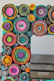 Upcycled Rolled Paper Frame DIY Craft using colored paper and magazines, tedious DIY Upcycled Crafts, Recycled Art, Diy And Crafts, Crafts For Kids, Arts And Crafts, Rolled Paper Art, Magazine Crafts, Magazine Art, Paper Mache Crafts