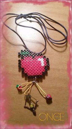 Regina! Hama beads, Pixel Art, Apple, Kora, Regina, Robin, Once Upon a Time.