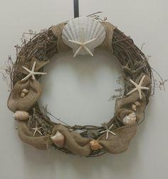 Starfish & Shell Grapevine wreath by SandyToeshomedecor on Etsy