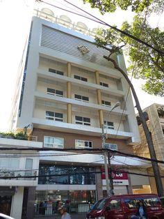 Văn phòng cho thuê quận 1 cao ốc văn phòng Khanh Minh Building tọa lạc trên đường Sương Nguyệt Ánh, Quận 1 với các diện tích cho thuê đa dạng từ 30m2 - 50m2 - 60m2 - 100m2 - 130m2 - 220m2 . Với kết cấu xây dựng gồm 1 trệt - 5 tầng - 1 hầm. Tòa nhà Khanh Minh Building có vị trí thuận lợi nằm ngay trung tâm thương mại, và kinh doanh sầm uất của thành phố Hồ Chí Minh mang lại sự thuận tiện cho khách hàng từ việc đi lại tới giao dịch và kinh doanh.
