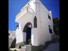 Tripotamos Tinos island 🇬🇷️ A Traditional Village of Tinos with beautiful narrow streets and its unique pebble ! Around The Worlds, Island, Traditional, Mansions, Street, House Styles, Unique, Beautiful, Home