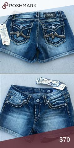 Miss Me shorts New! 30 New size 30 Shorts Jean Shorts
