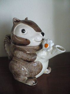 Retro squirrel teapot. $24.00, via Etsy.