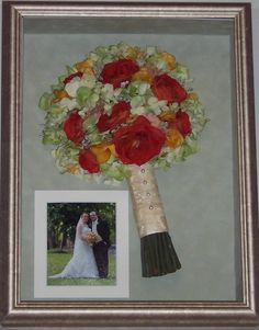 Elizabeth Ellis - Anastasio showcased her beautiful  bouquet with a wedding photo . Classic! www.jenniferannedesigns.com