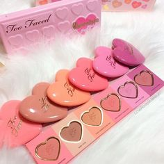Too Faced Love Flush Blush Palette