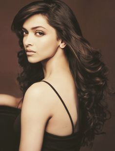 Deepika Padukone Love the hair !!