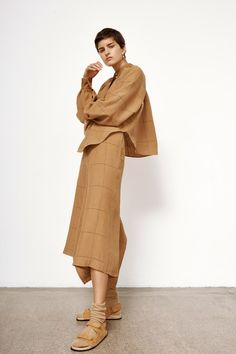Bassike Pre-Fall 2020 Fashion Show Collection: See the complete Bassike Pre-Fall 2020 collection. Look 4 2020 Fashion Trends, Fashion Mode, Fashion 2020, Womens Fashion, Vogue Russia, Fashion Show Collection, Models, Get Dressed, Normcore