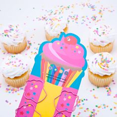 Cupcake paperclips