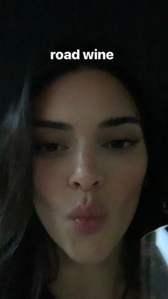 Kendall Jenner Video, Kendall Jenner Gigi Hadid, Kendall Jenner Outfits, Kendall And Kylie, Kendall Jenner Snapchat, Estilo Kardashian, Kardashian Jenner, Kendalll Jenner, Instagram Story Ideas