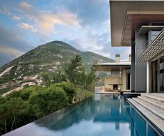 Jim Olson Achieves Understated Elegance With a Home in Hong Kong