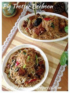 Braised Pork Knuckles Rice Vermicelli (罐头蹄膀炒米粉)  #guaishushu #kenneth_goh  #pork_knuckle_bee_hoon  #猪脚米粉