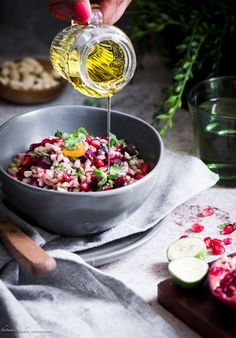 warm barley beetroot salad a perfect side dish for any season. - Food and Drinks Healthy Eating Recipes, Healthy Chicken Recipes, Diet Recipes, Salad Recipes, Potato Recipes, Pasta Recipes, Yummy Recipes, Vegetarian Recipes, Healthy Food