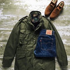 Blue Loafers, Brown Loafers, M65 Jacket, Bomber Jacket, Winter Outfits Men, Field Jackets, Military Jacket, Menswear, Street Style