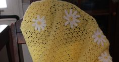 Daisy Baby-ghan  Copyright Sunshine and Whimsy, 2011 Materials: 18 oz (approx) light yellow Red Heart Comfort Sport Small amount whit...