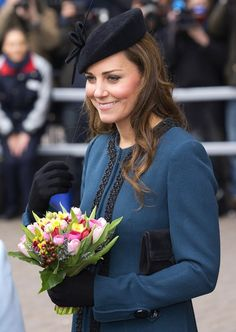 The Duchess and Queen visited Baker Street Underground Station in March 2013, and Kate chose to wear simple curls with her pretty hat.                                     via @AOL_Lifestyle Read more: http://www.aol.com/article/2013/05/14/kate-middleton-named-britains-hair-icon-in-new-survey/20568375/?a_dgi=aolshare_pinterest#slide=15184|fullscreen
