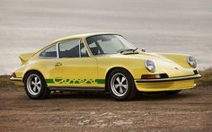 Lease a Porsche 911 Carrera RS 2.7 with Premier Financial Services today.