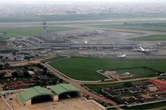 * Aeroporto Internacional Murtala Muhammed *  Lagos, Nigéria.